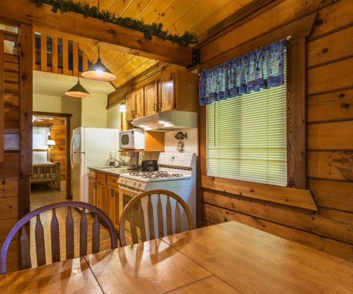 Jellystone Warrens Cabin Kitchen