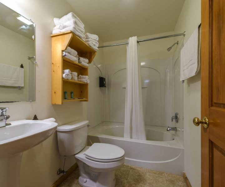 Warrens Villas bathroom shower